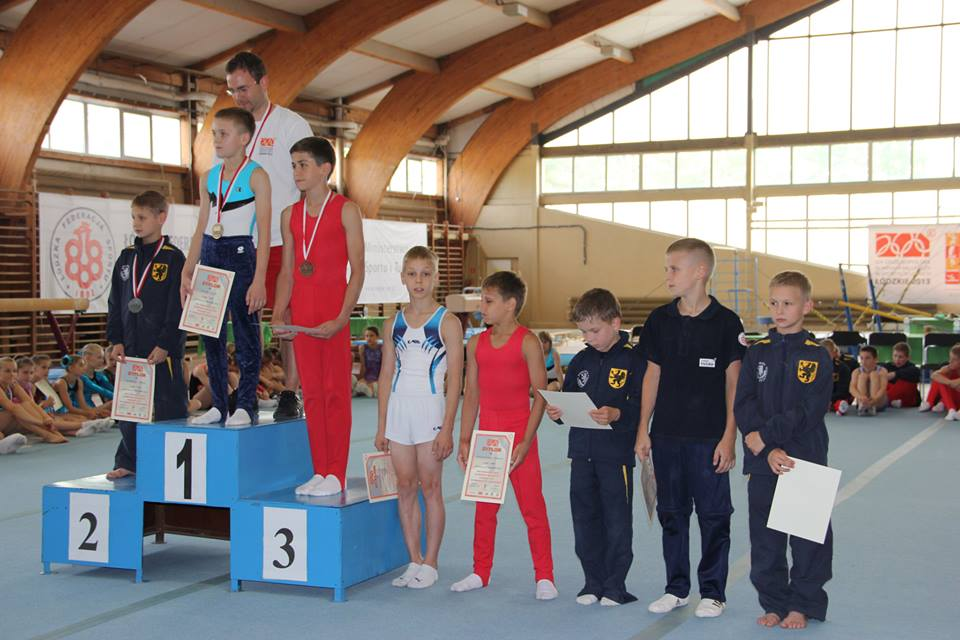 Najlepsza ósemka finału konia z łękami klasy III chłopców - 3. miejsce Daniel Siwiński (fot. Iskra Zabrze)